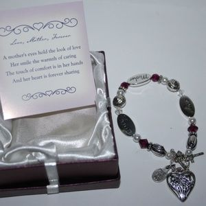 Love Mother Forever Charm bracelet NWT in box